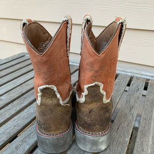Ariat Shoes - Ariat women's fat baby boots western Brown Sz-8 GC